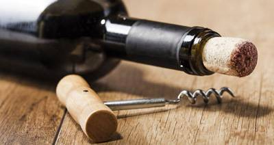 A Guide to Selecting Wine Openers and Other Bar Supplies in Canada