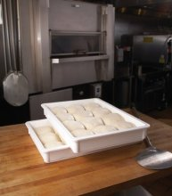 "Cambro DB18263CW148 Pizza Dough Box 18X26X3"" - White 