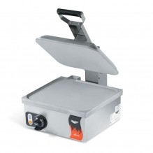 Vollrath Cayenne® Sandwich Press - Flat Plate Style | Kitchen Equipment | Zanduco CA